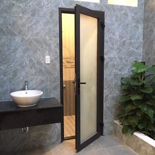 cửa đi xingfa nhà WC
