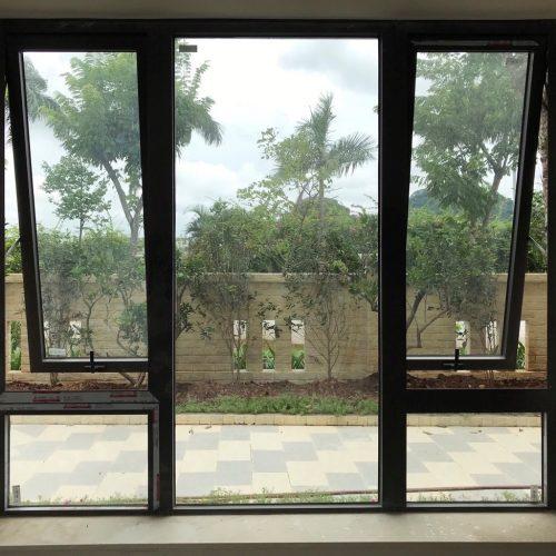 cửa sổ mở hất xingfa